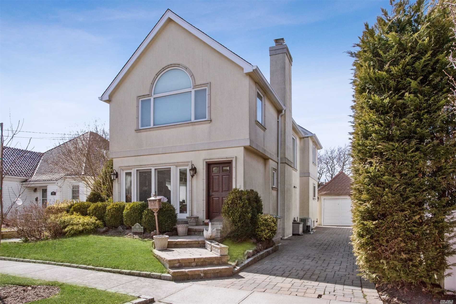Residential For Sale in 69 Lewis Ave, Atlantic Beach, NY ,11509