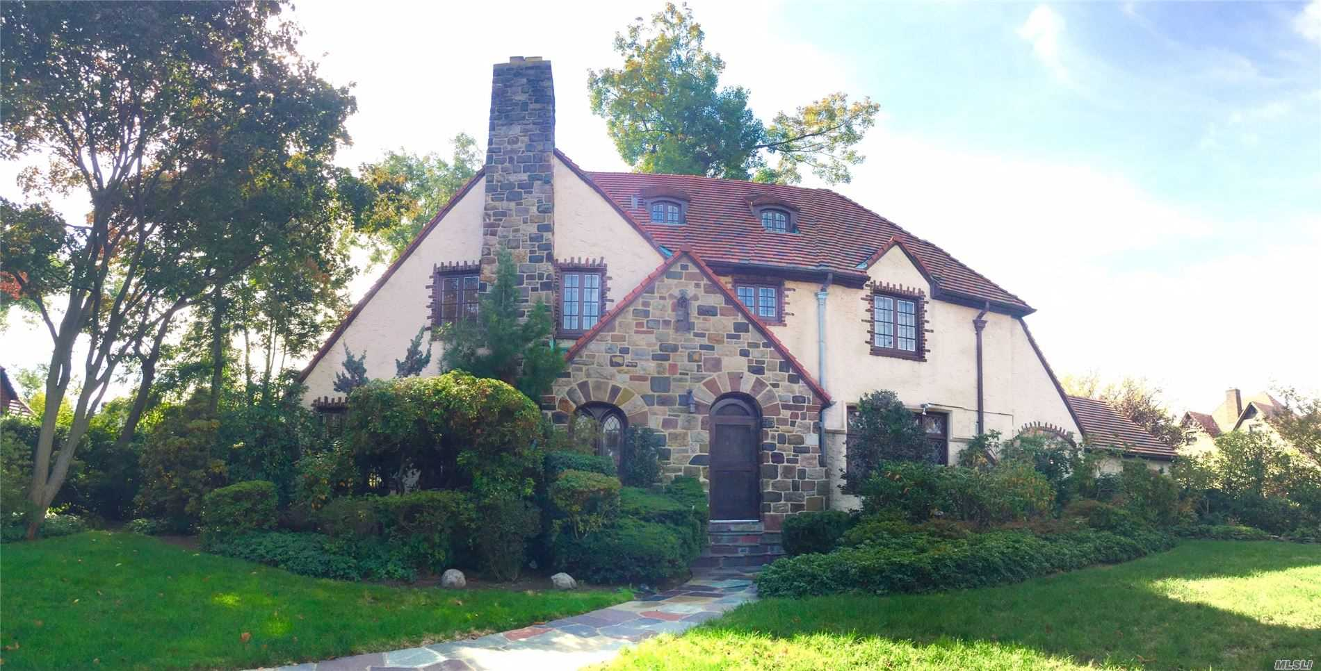 Residential For Sale in 55 Exeter St, Forest Hills, NY ,11375