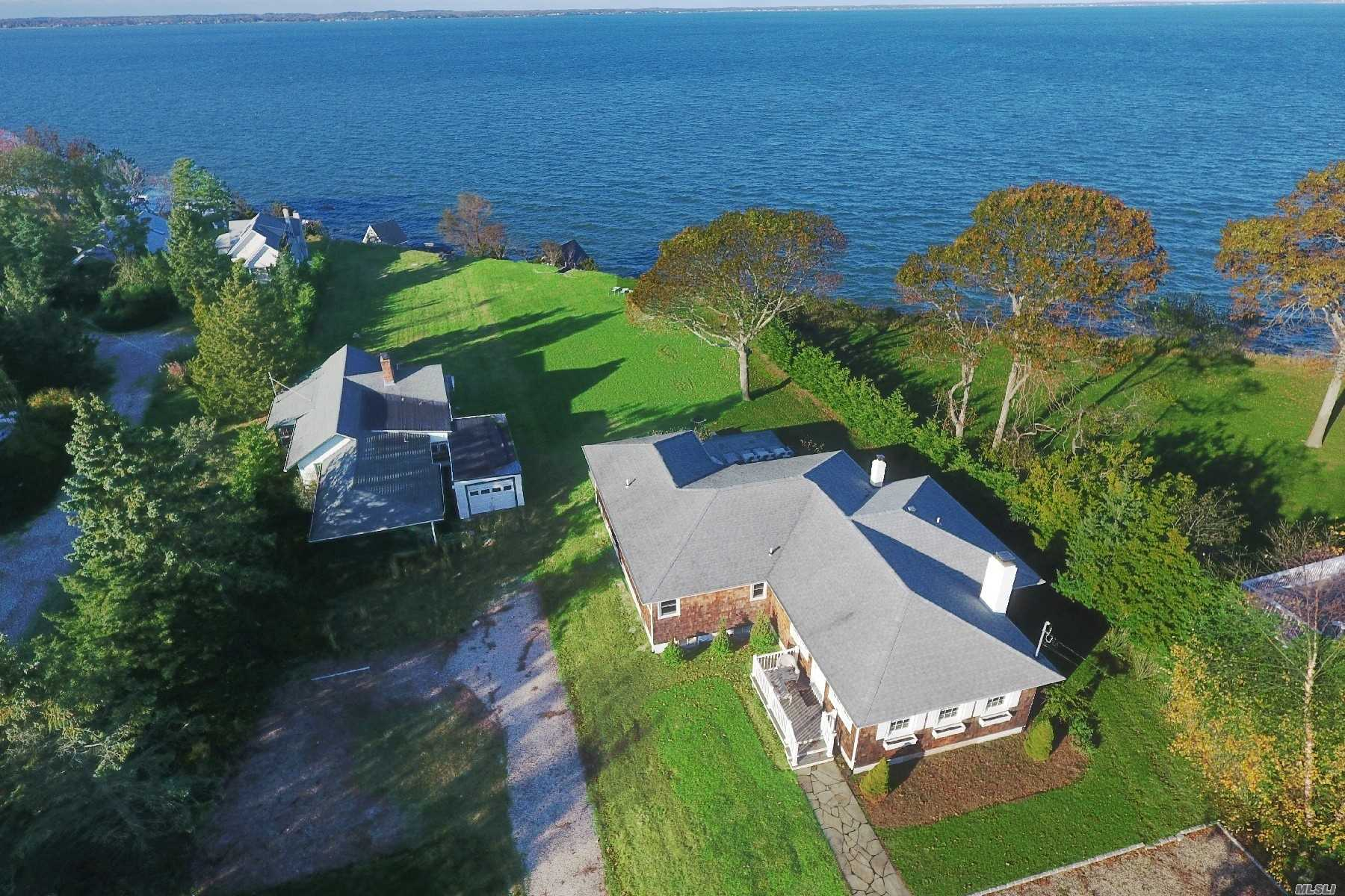 Residential For Sale in 98 Red Creek Rd, Hampton Bays, NY ,11946