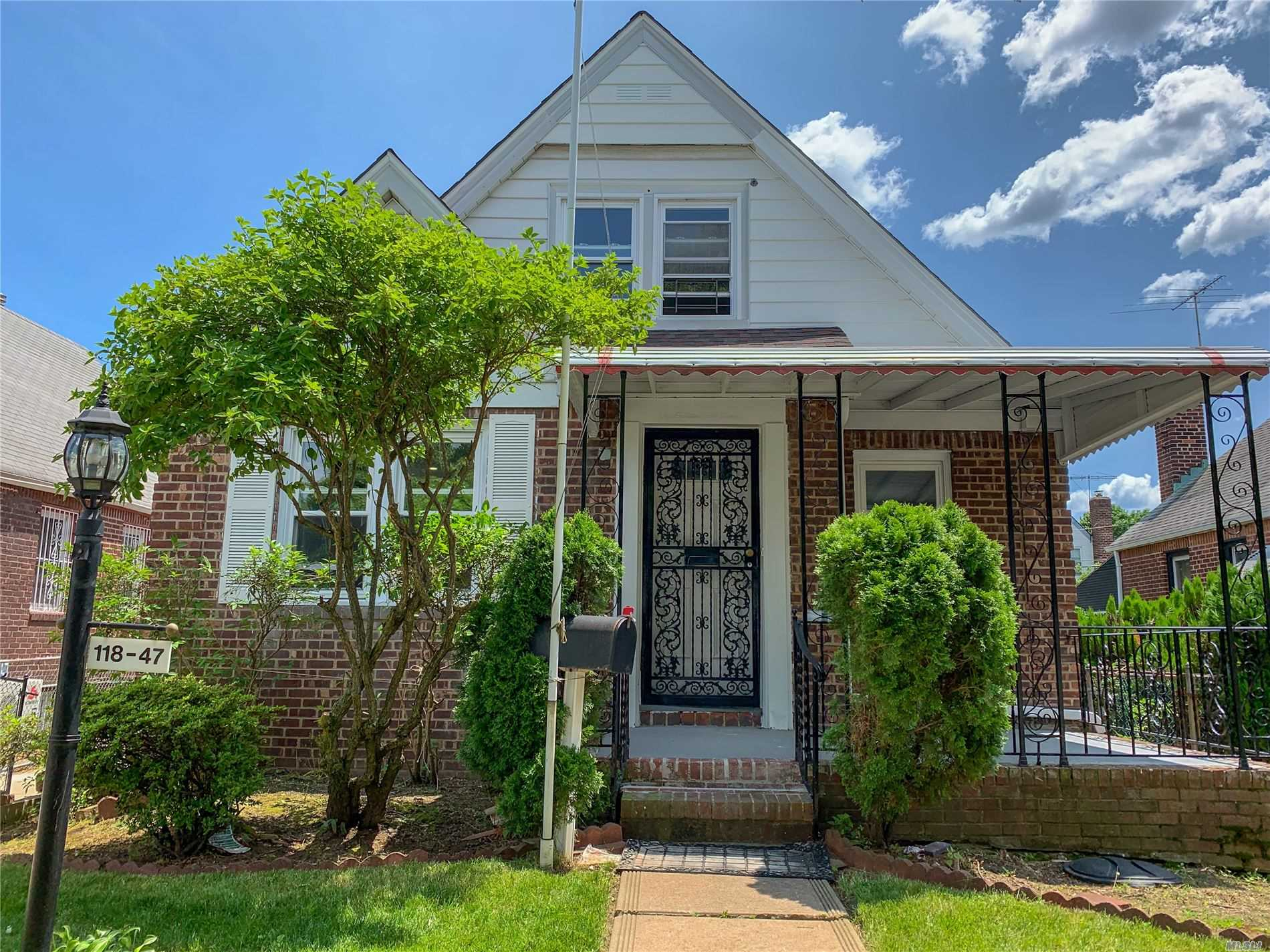 Residential For Sale in 11847 233rd St, Cambria Heights, NY ,11411