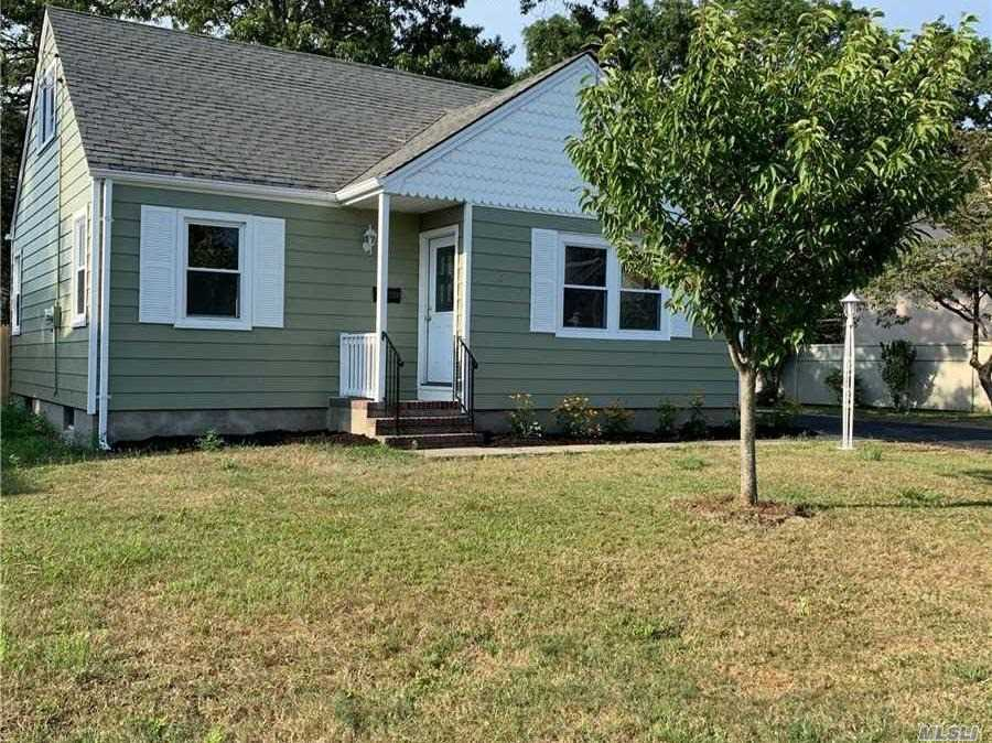 Residential For Sale in 97 Root Ave, Islip, NY ,11751