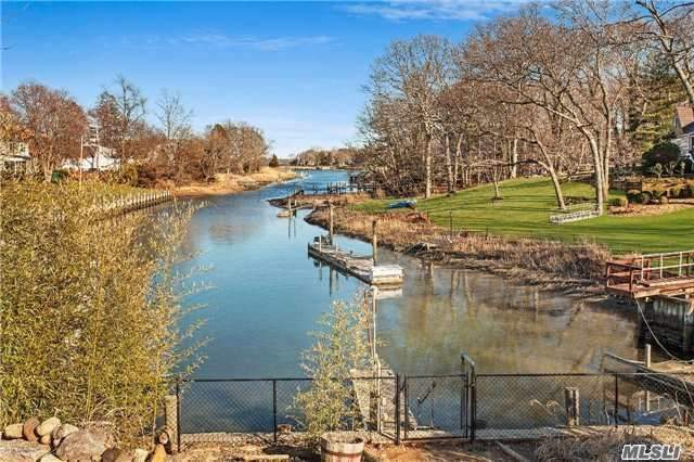 Residential For Sale in 1175 Hill W Rd, Southold, NY ,11971