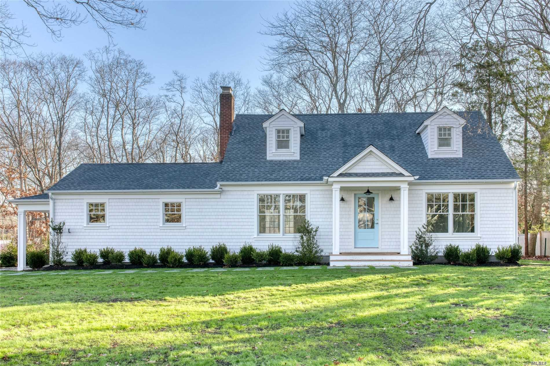 Residential For Sale in 134 Beach Road, Westhampton Bch, NY ,11978