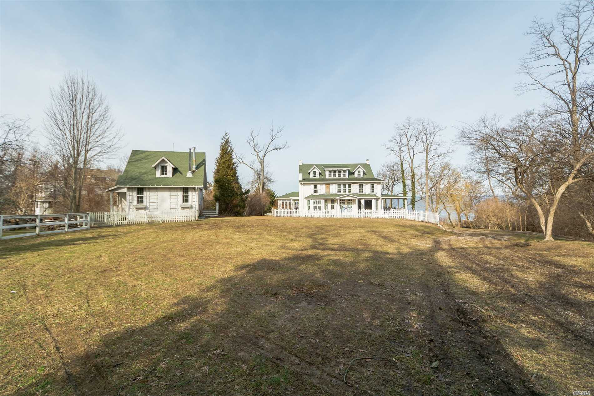 Residential For Sale in 117 Briarcliff Rd, Shoreham, NY ,11786