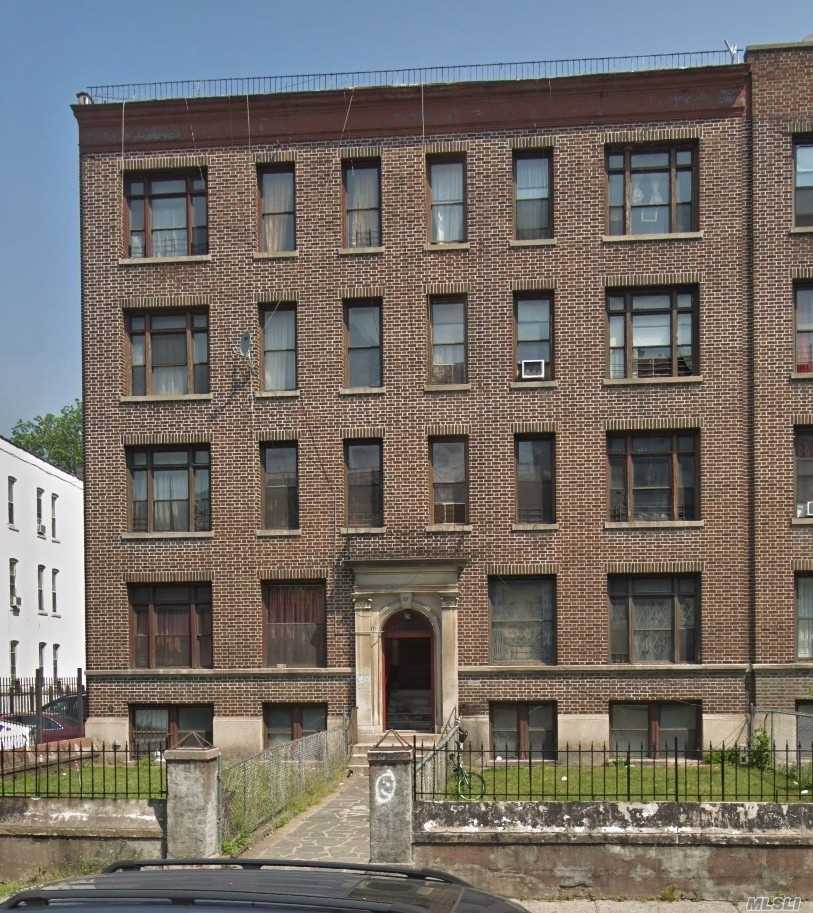 Commercial for sale in 29 Lenox Rd, Brooklyn, NY ,11226
