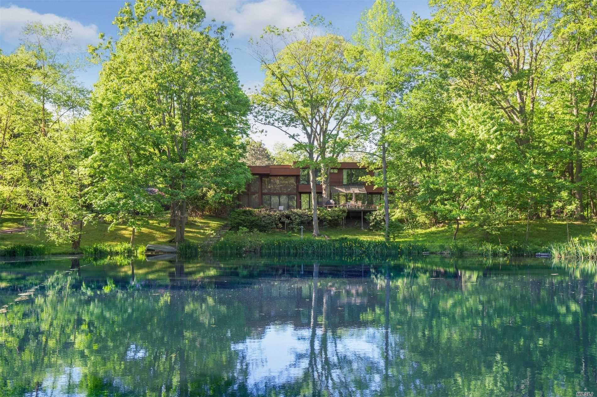 Residential For Sale in 11 Windsor Dr, Old Westbury, NY ,11568