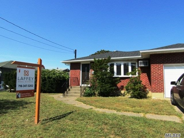 Residential For Sale in 86 Sherman Ave, Bethpage, NY ,11714
