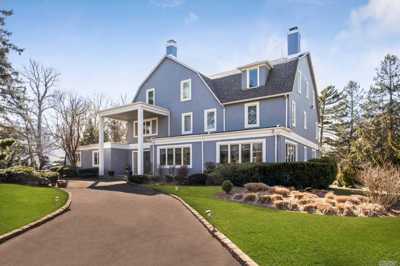 Residential For Sale in 298 Ocean Ave, Lawrence, NY ,11559
