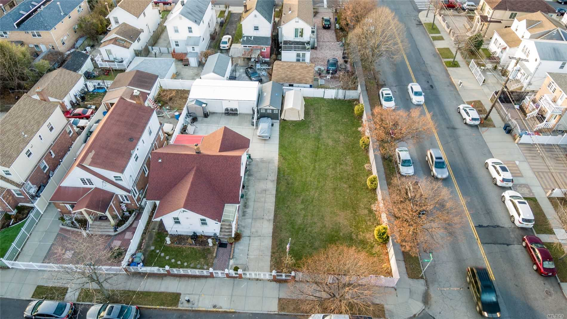 Land for sale in 133-06 122nd St, S. Ozone Park, NY ,11420