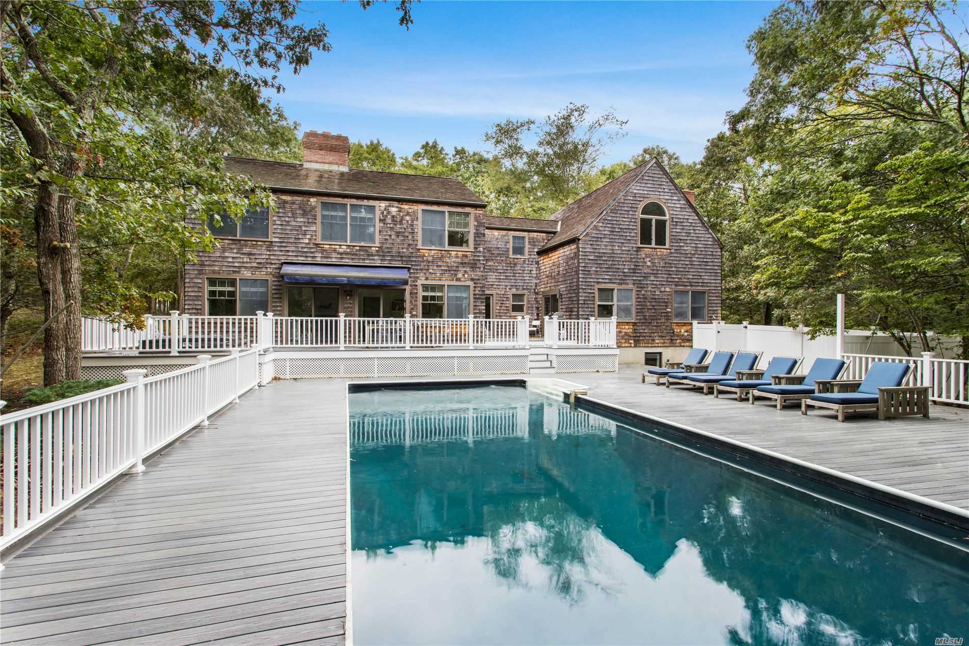 Residential For Sale in 75 Breeze Drive S, Wainscott, NY ,11975