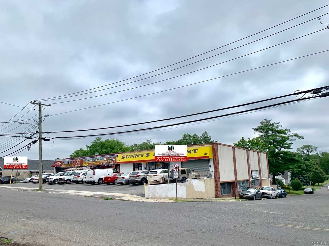 Commercial for sale in 142-152 Hills W Rd, Huntington Sta, NY ,11746