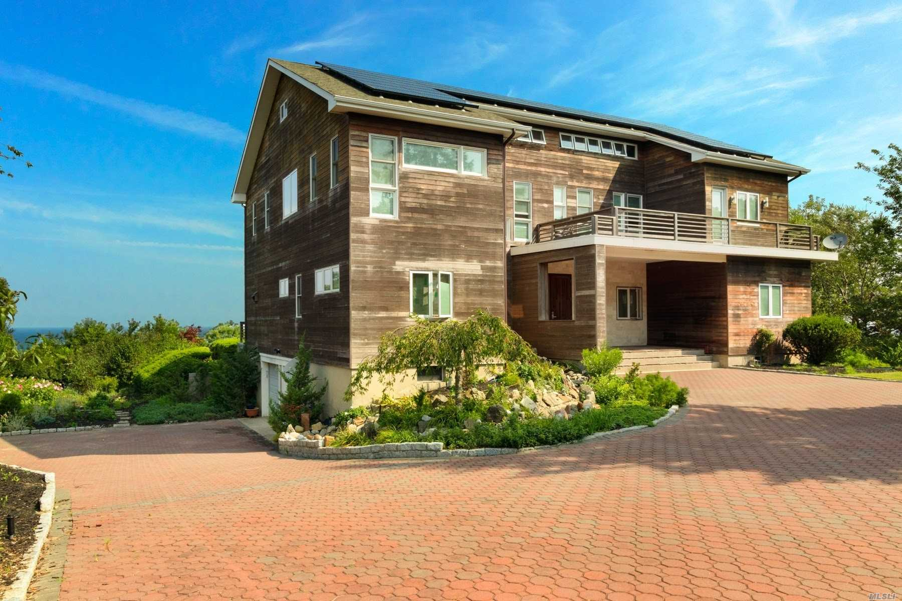 Residential For Sale in 94 Founders Path, Baiting Hollow, NY ,11933
