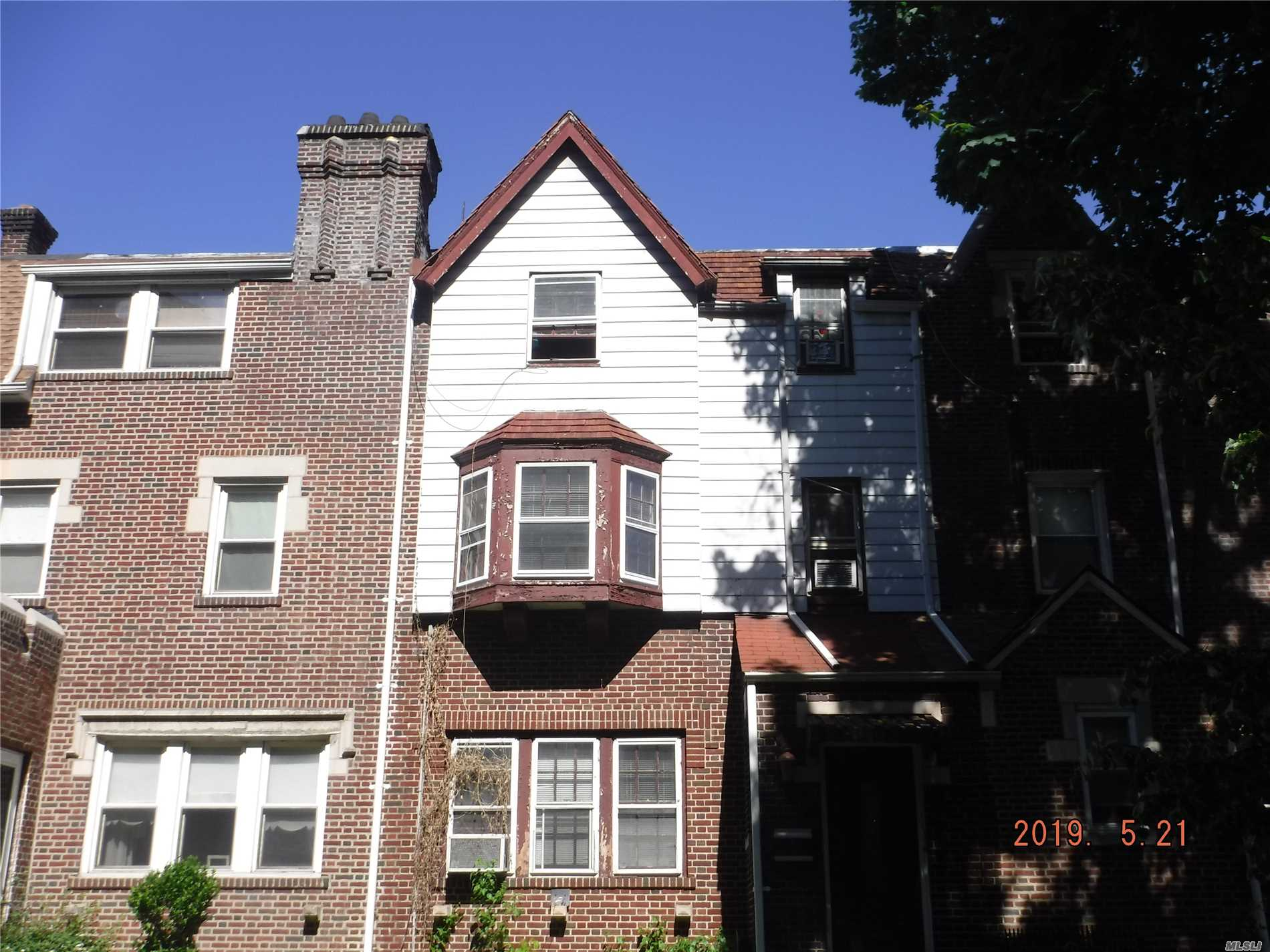 Residential For Sale in 34-21 83rd St, Jackson Heights, NY ,11372