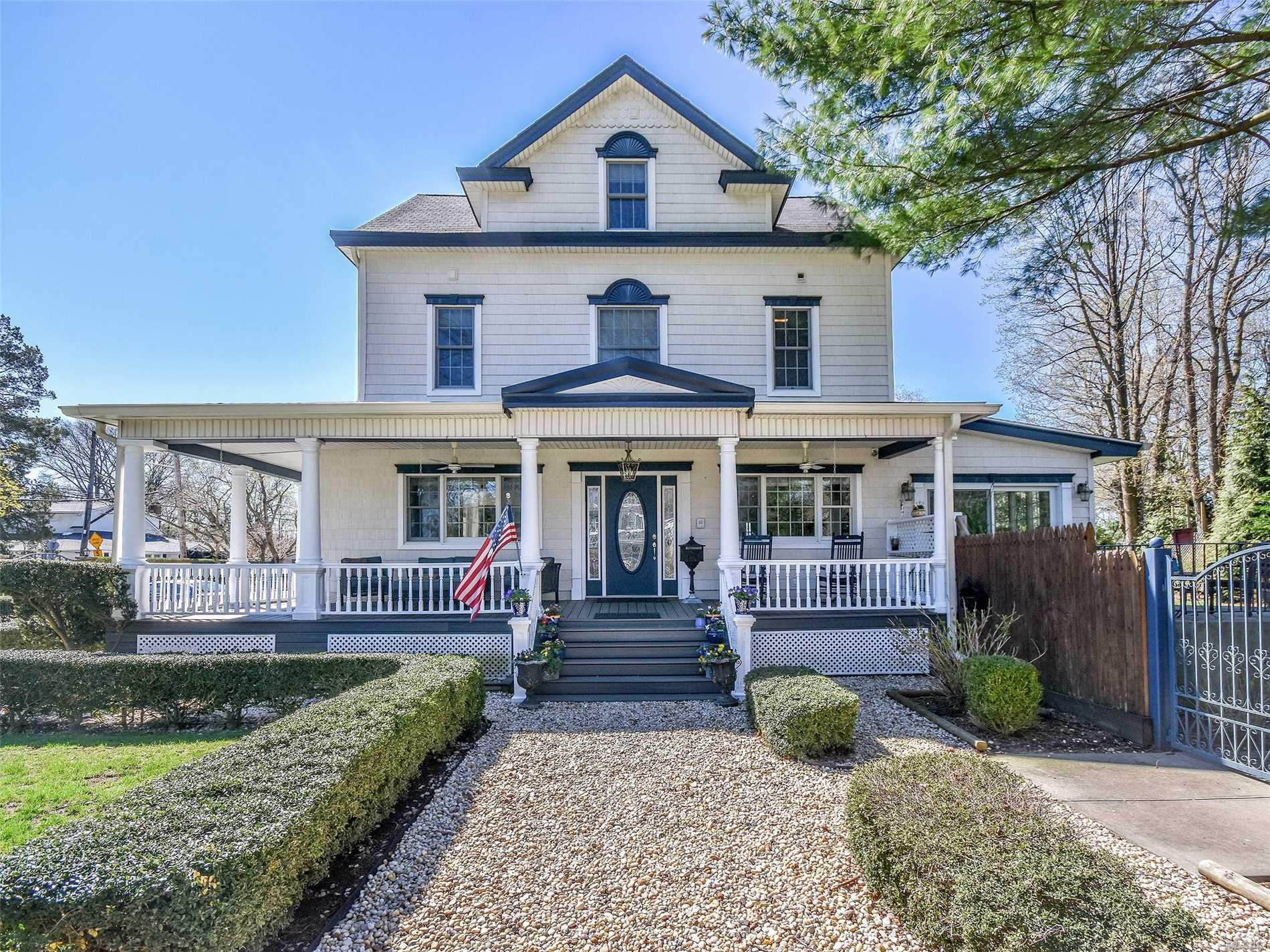 Residential For Sale in 88 Highland Rd, Glen Cove, NY ,11542