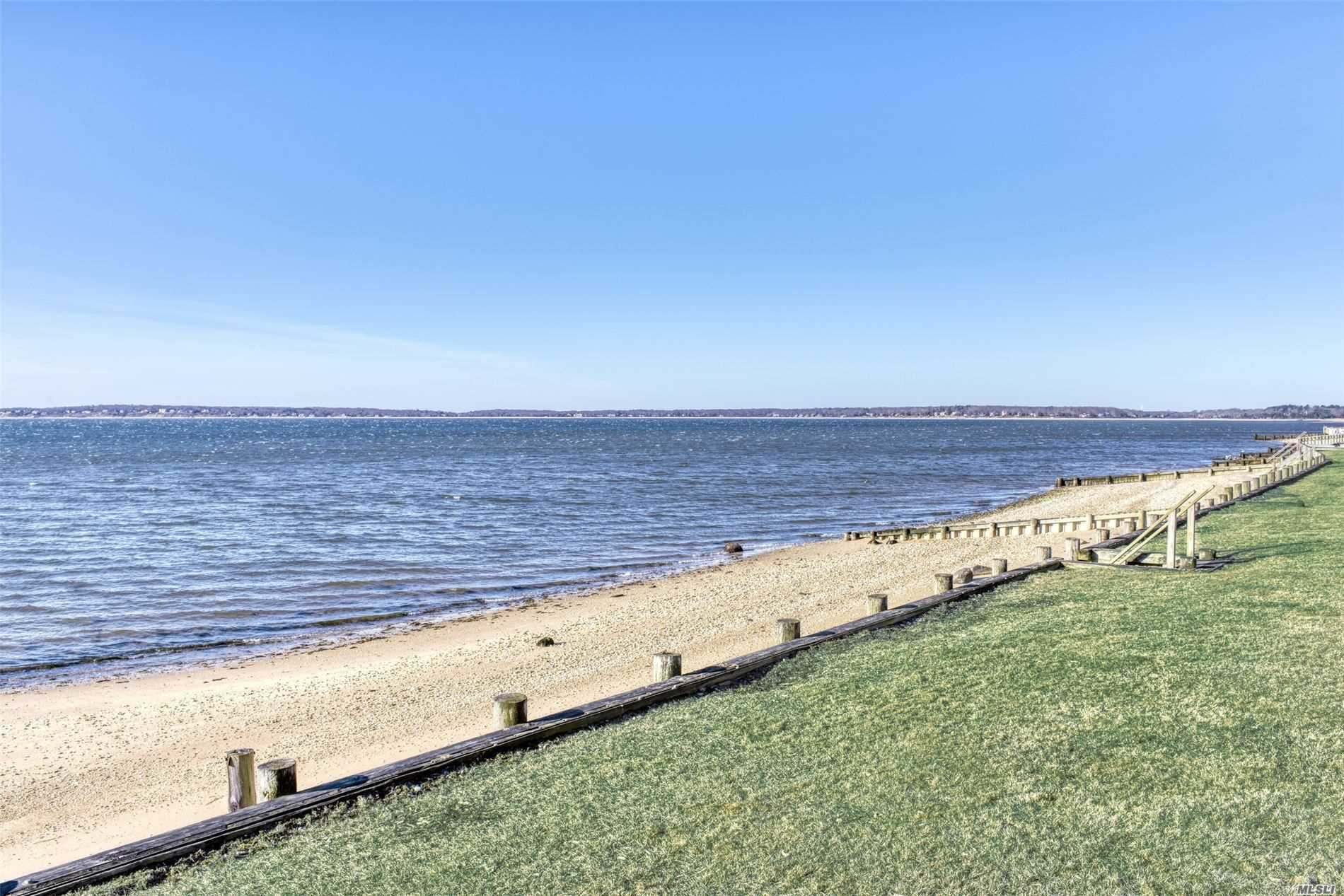 Residential For Sale in 435 Watersedge Way, Southold, NY ,11971