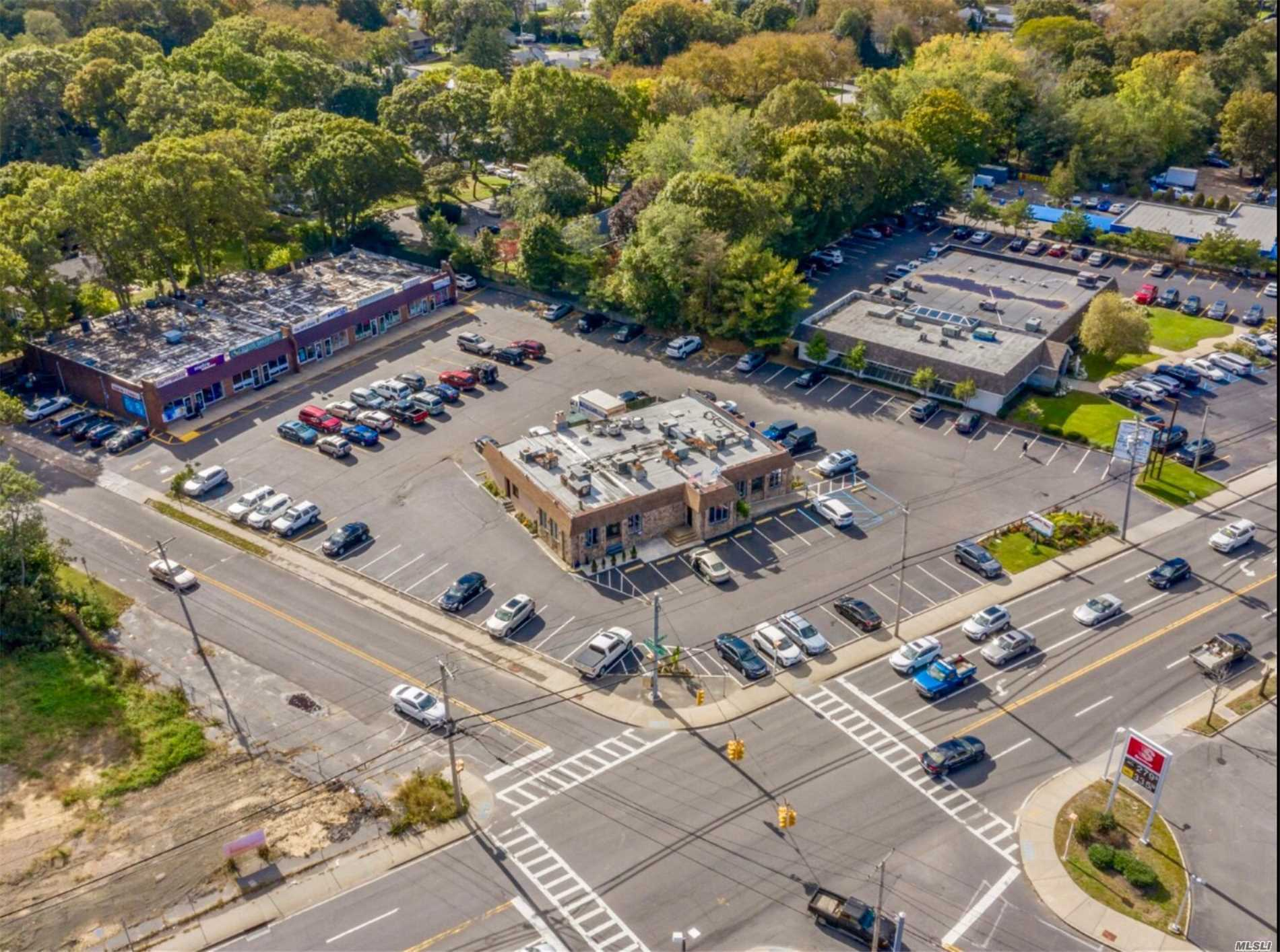 Commercial for sale in , Riverhead, NY ,11901
