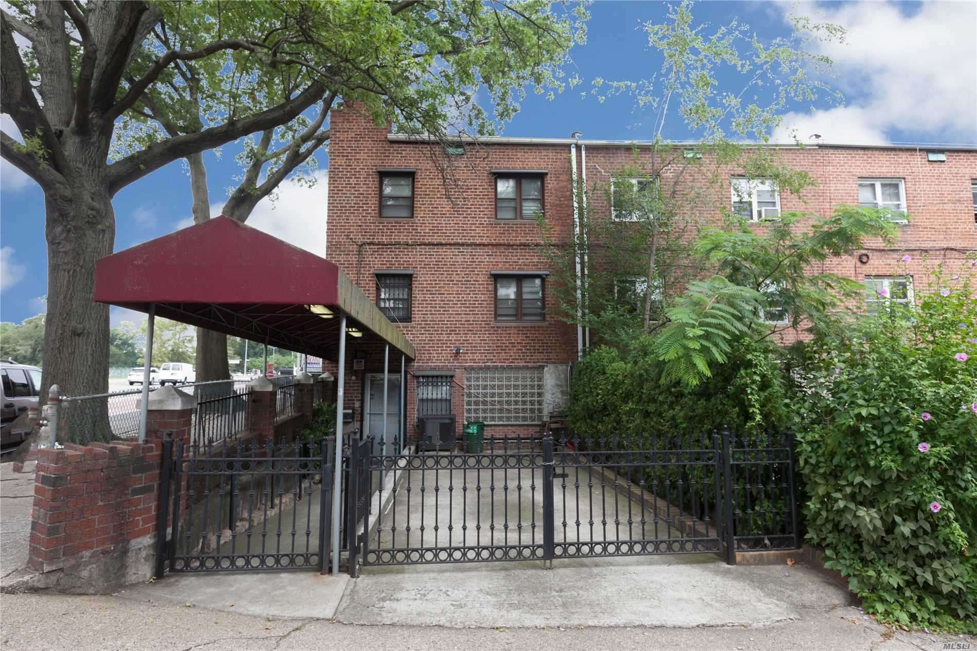 Residential For Sale in 8504 67th Rd, Rego Park, NY ,11374