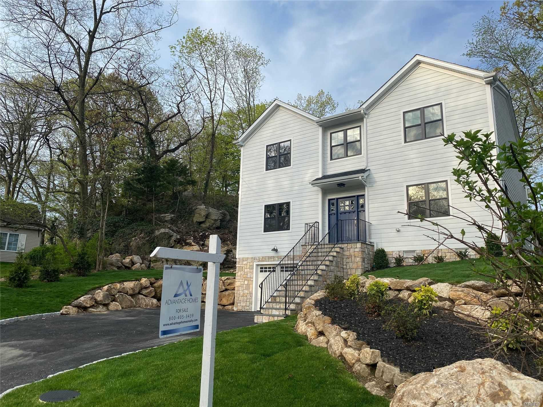Residential For Sale in 39 Spencer Drive, New Rochelle, NY ,10801