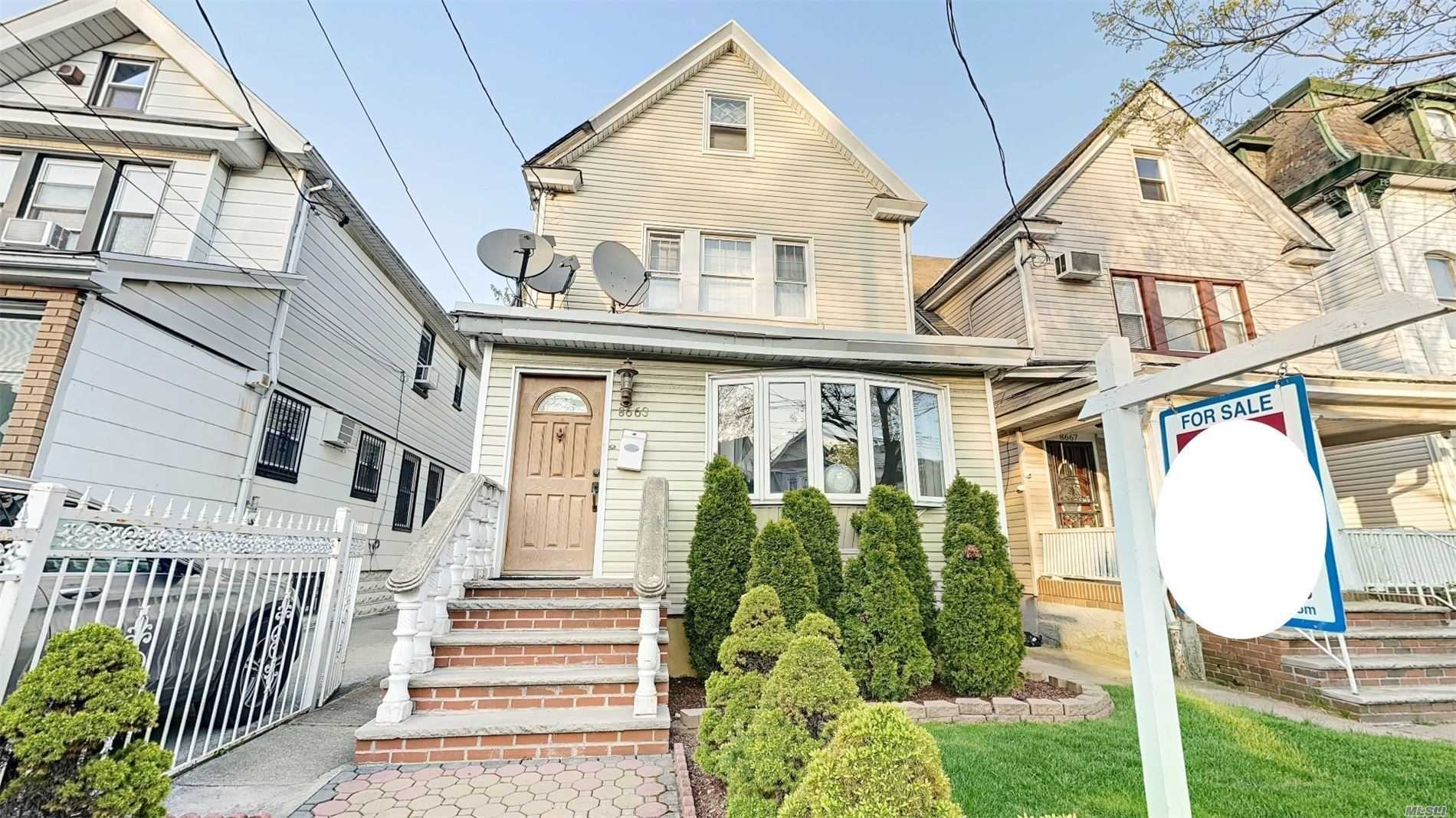 Residential For Sale in 86-63 107th St, Richmond Hill N., NY ,11418