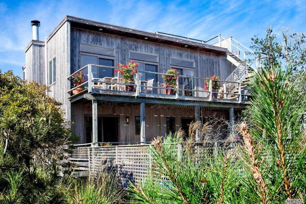 Residential For Sale in 614 Shore Walk, Sayville, NY ,11782