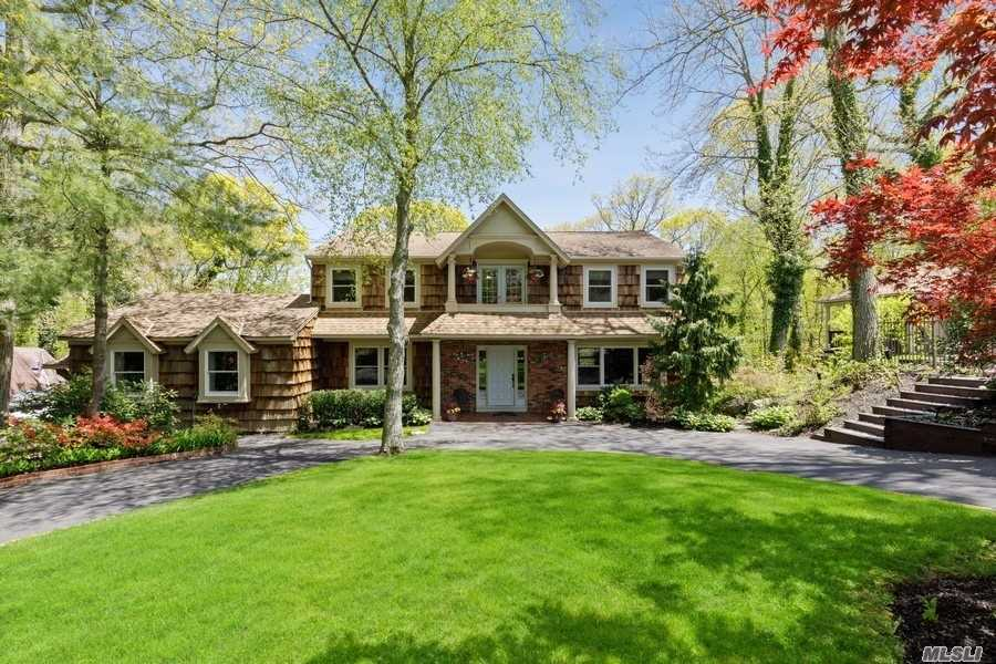 Residential For Sale in 73 Laurel Hill Road, Centerport, NY ,11721