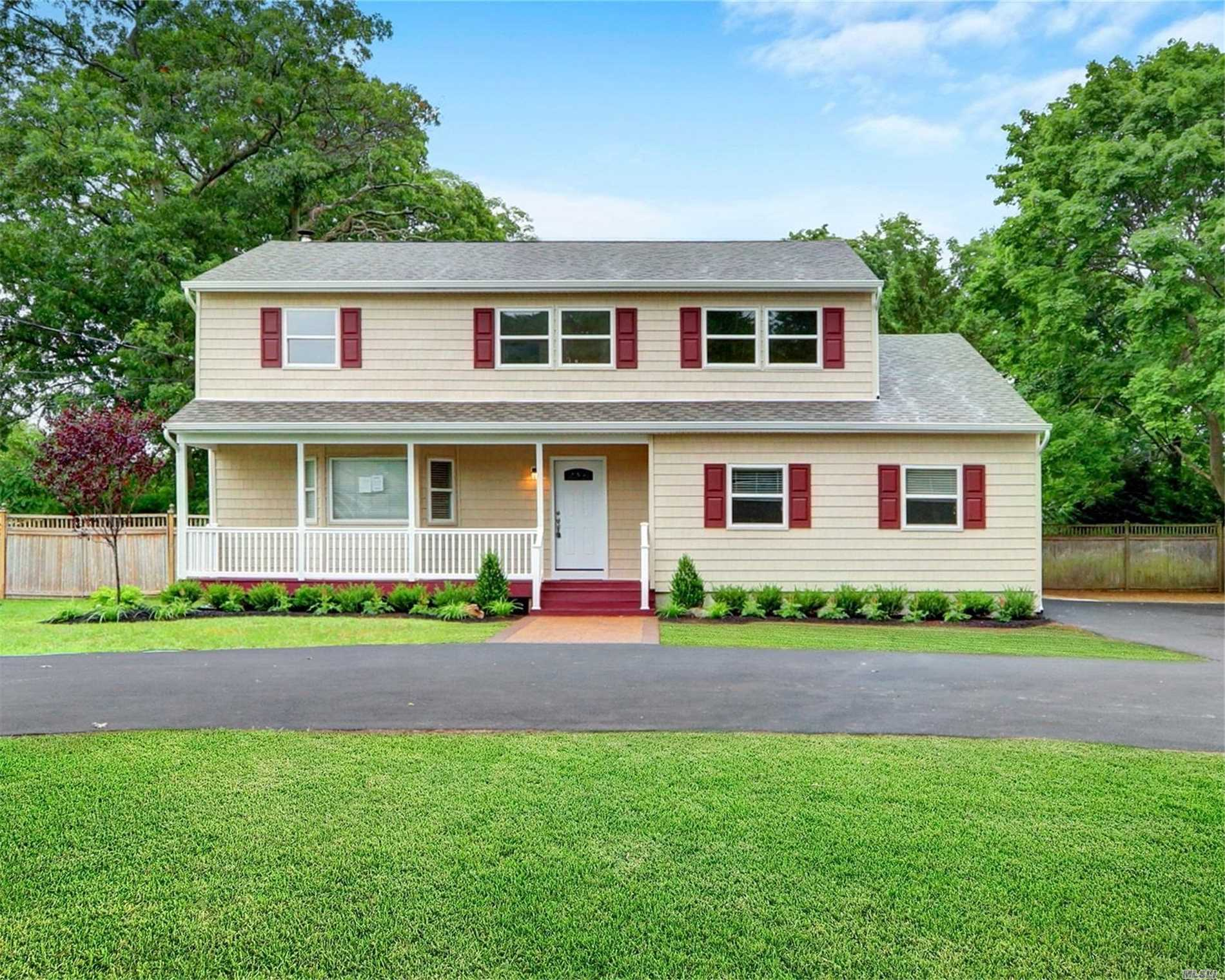 Residential For Sale in 2475 Ocean Ave, Ronkonkoma, NY ,11779