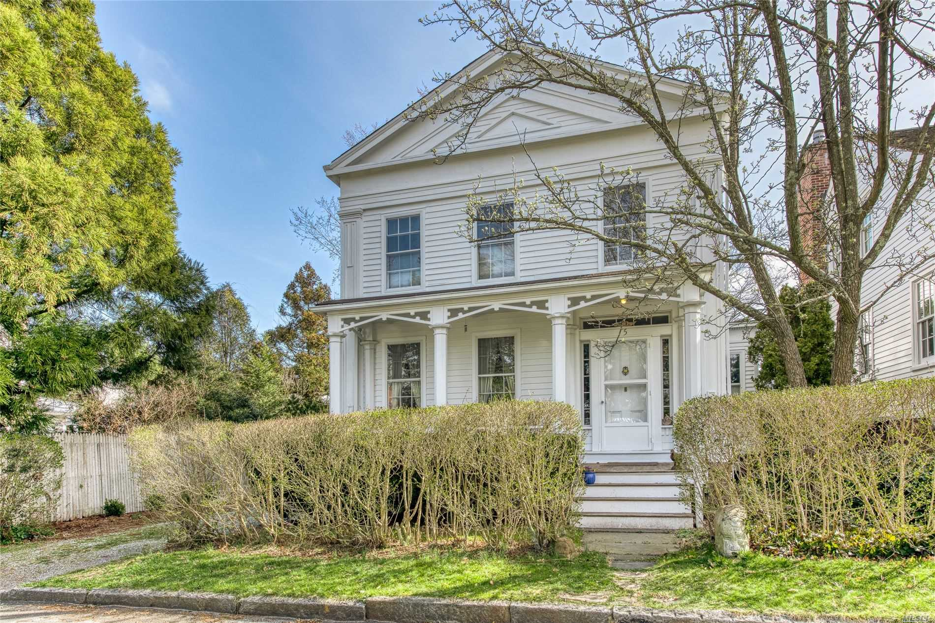 Residential For Sale in 5 Suffolk Street, Sag Harbor, NY ,11963