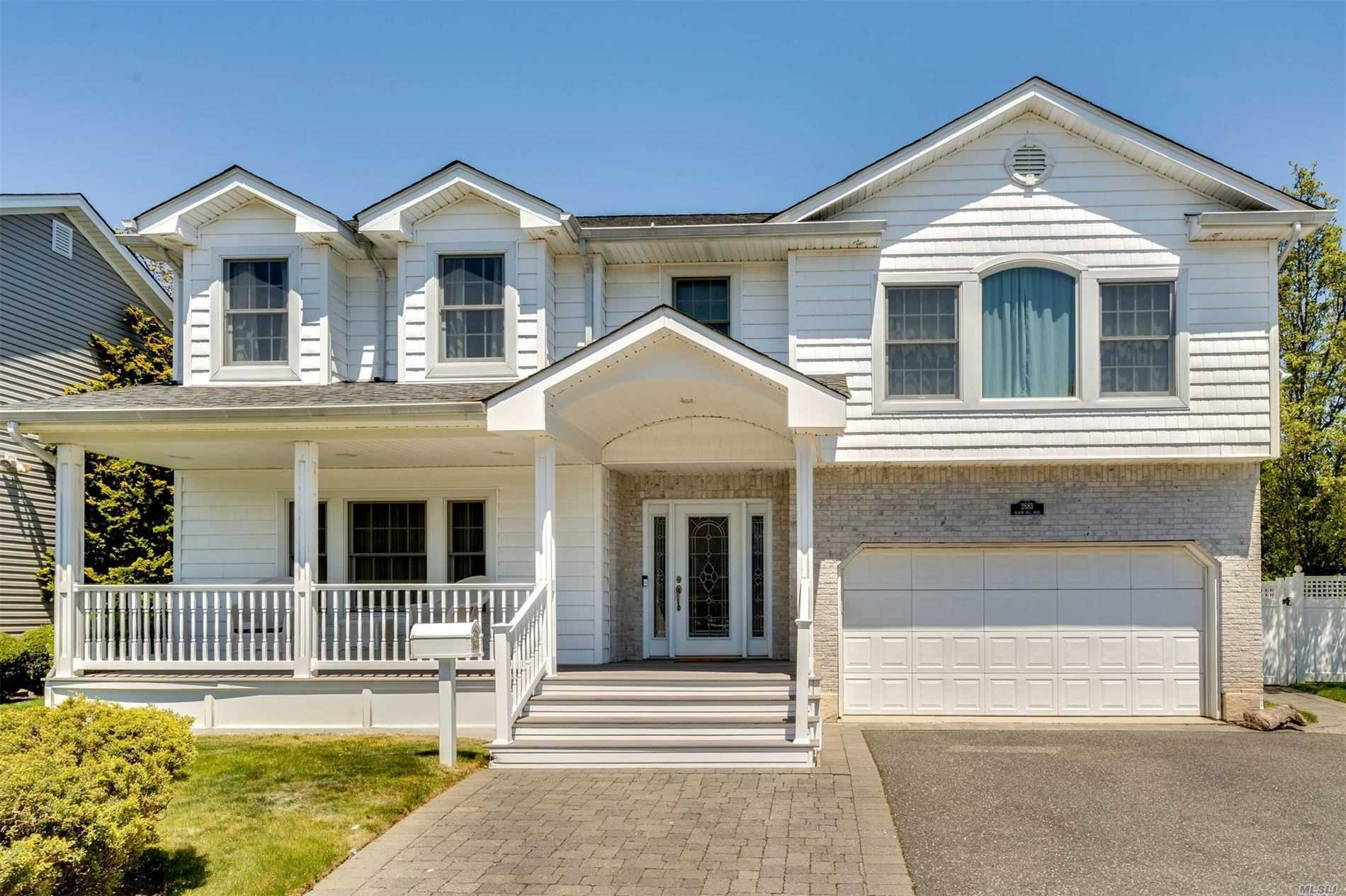 Residential For Sale in 2683 Beacon Hill Drive, N. Bellmore, NY ,11710