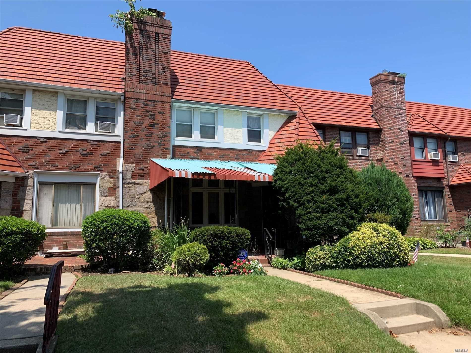 Residential For Sale in 116-36 218th St, Cambria Heights, NY ,11411