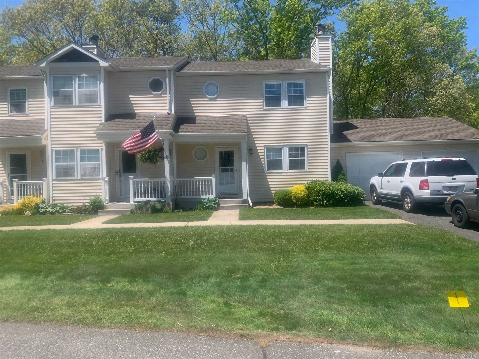 Condominium for sale in 17 Franklin Commons, Yaphank, NY ,11980