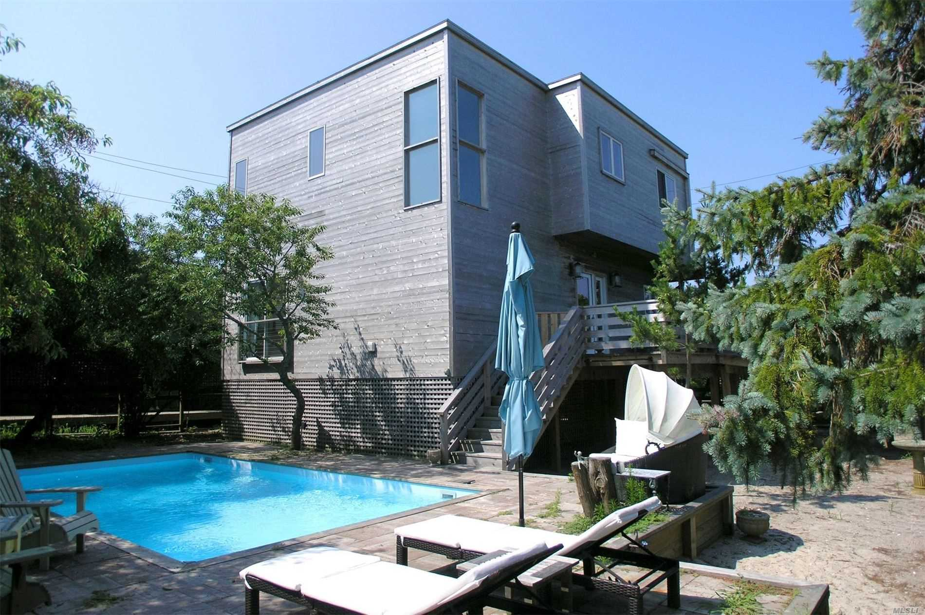 Residential For Rent in 269 West Walk, Cherry Grove, NY ,11782