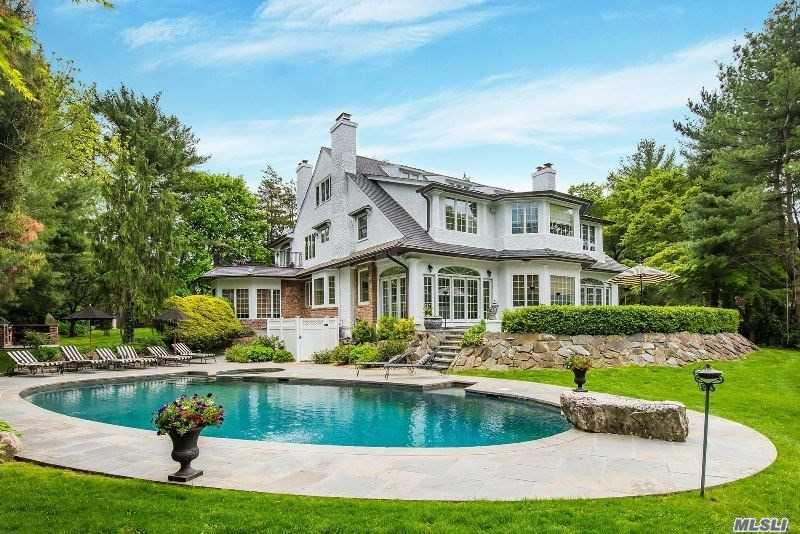 Residential For Sale in 57 North Drive, Manhasset, NY ,11030