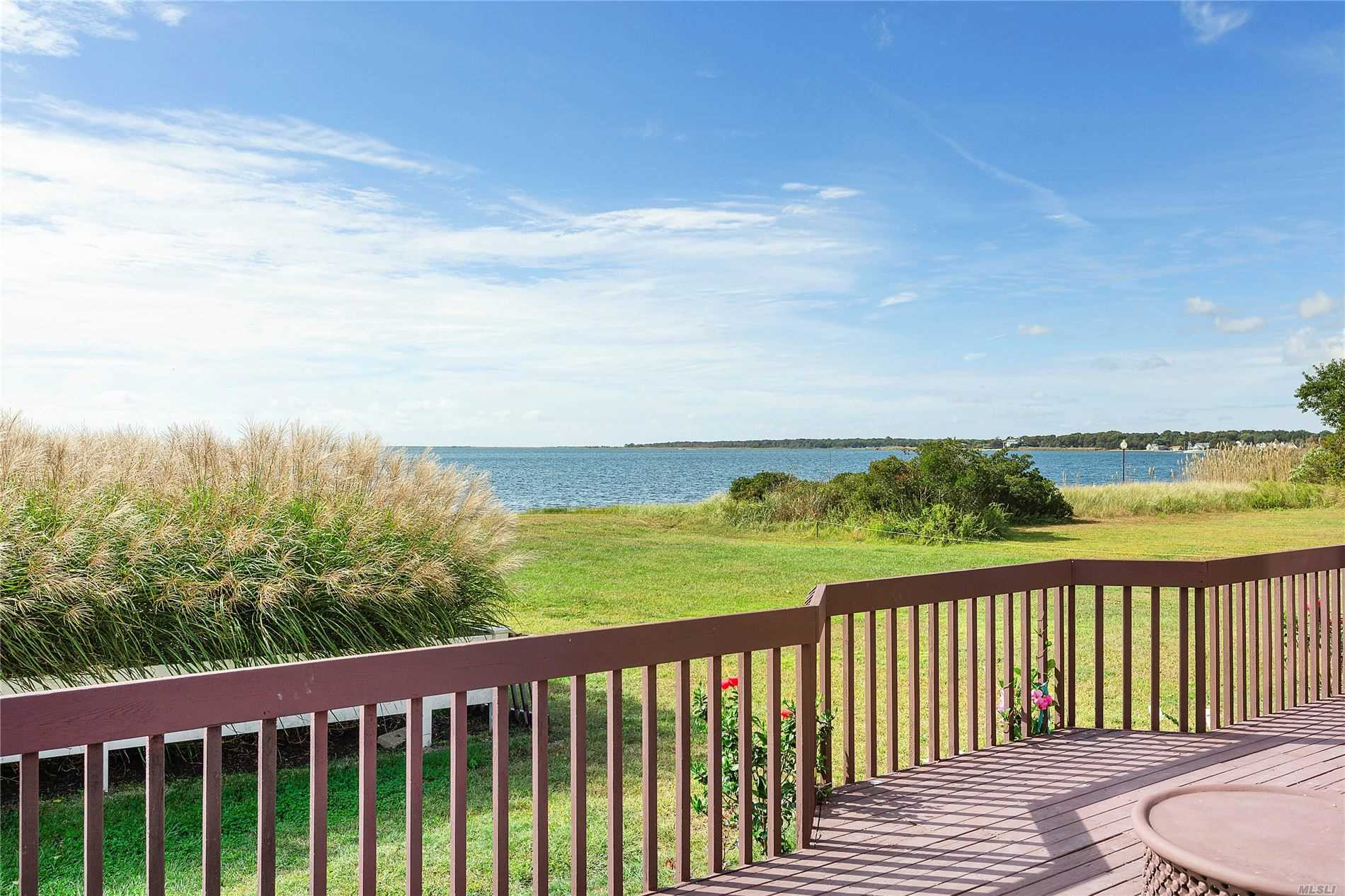 Residential For Sale in 140 Ocean Avenue, Center Moriches, NY ,11934