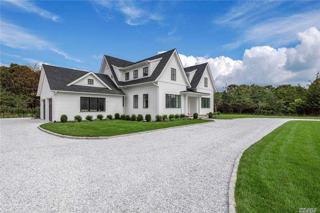 Residential For Sale in 5 Emma's Path, Remsenburg, NY ,11960
