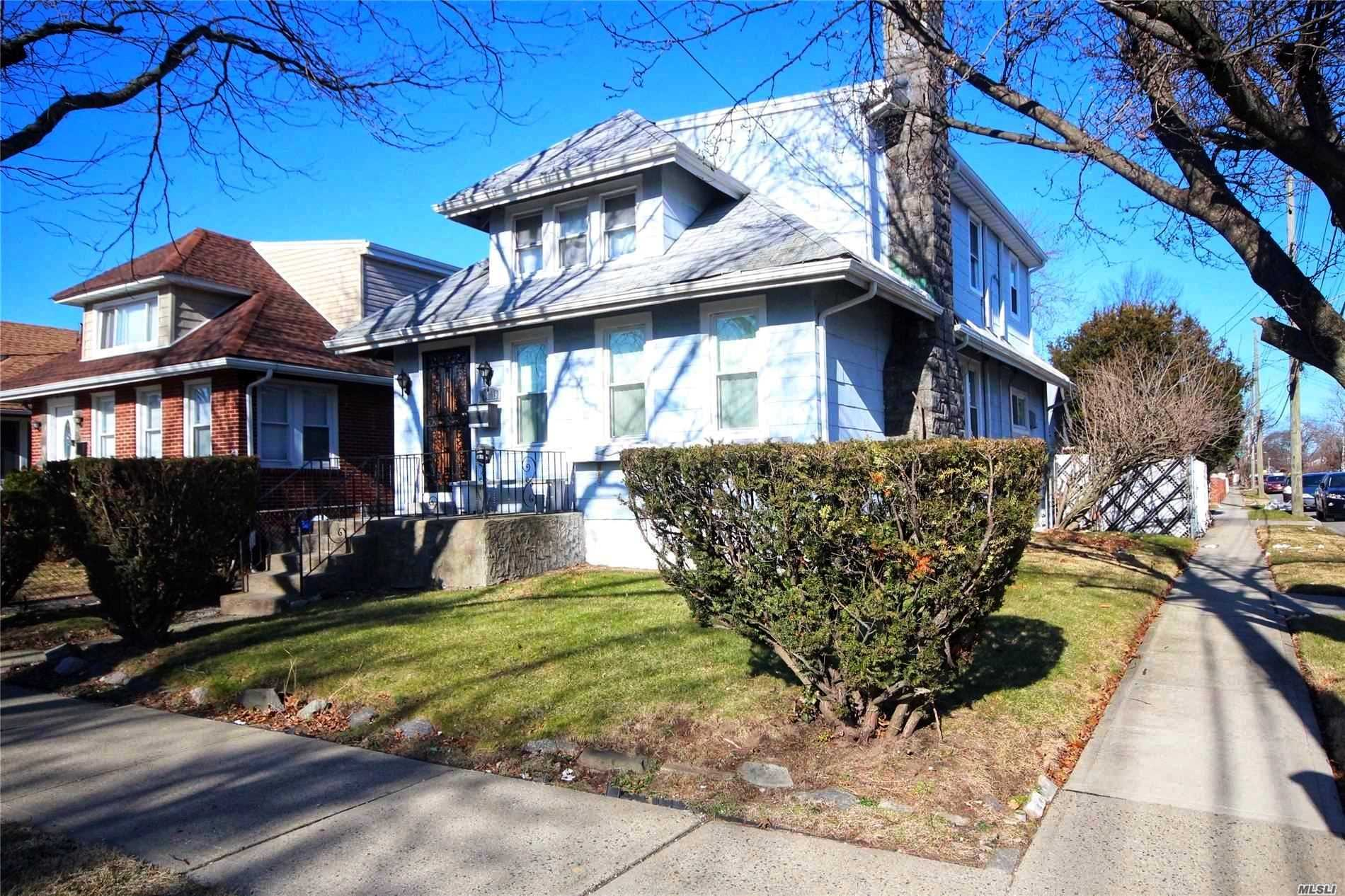 Residential For Sale in 244-19 135 Avenue, Rosedale, NY ,11422