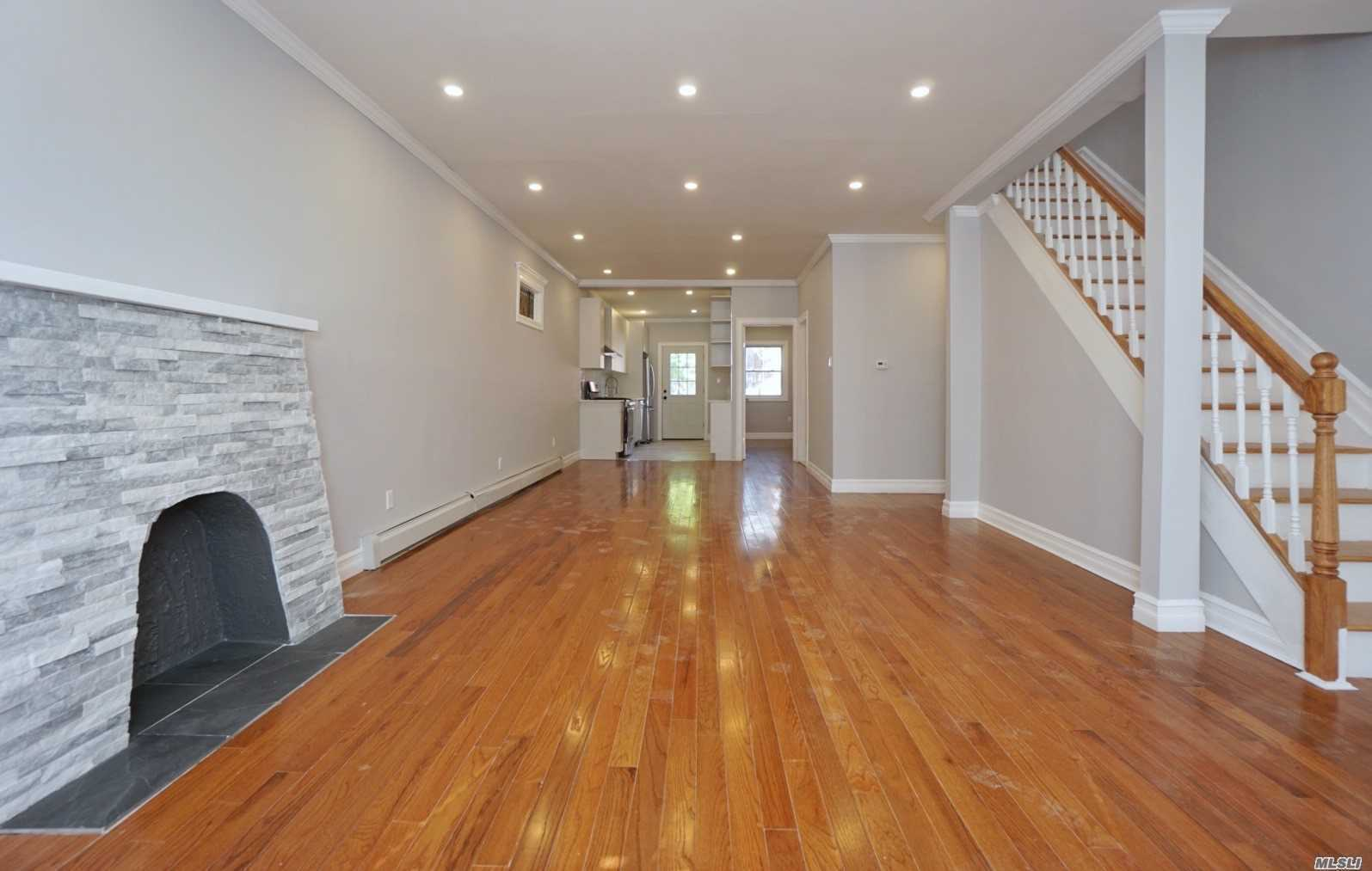 Residential For Sale in 94-18 121st St, Richmond Hill, NY ,11418
