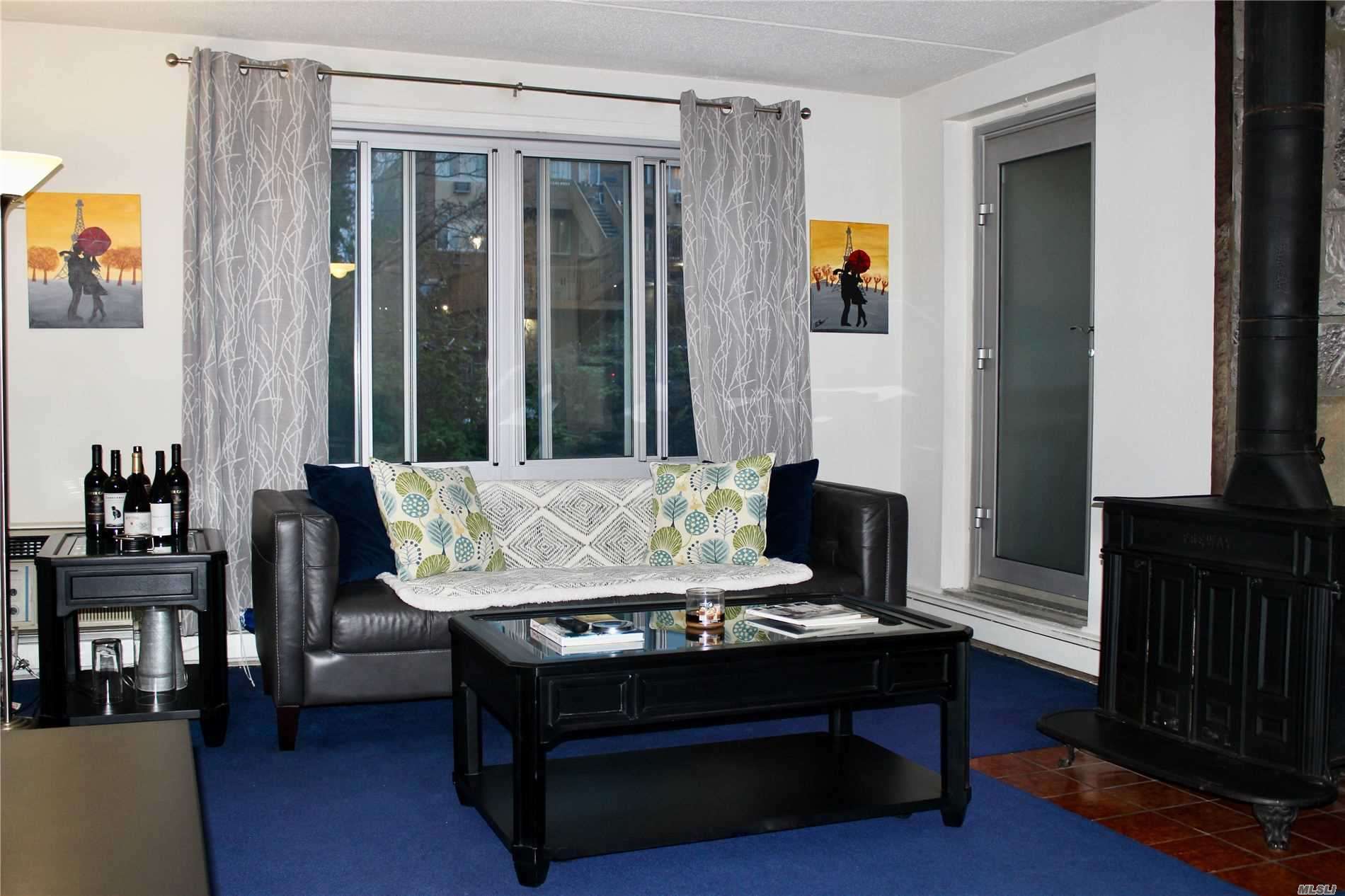 Residential For Sale in 399 Broadway N, Yonkers, NY ,10701
