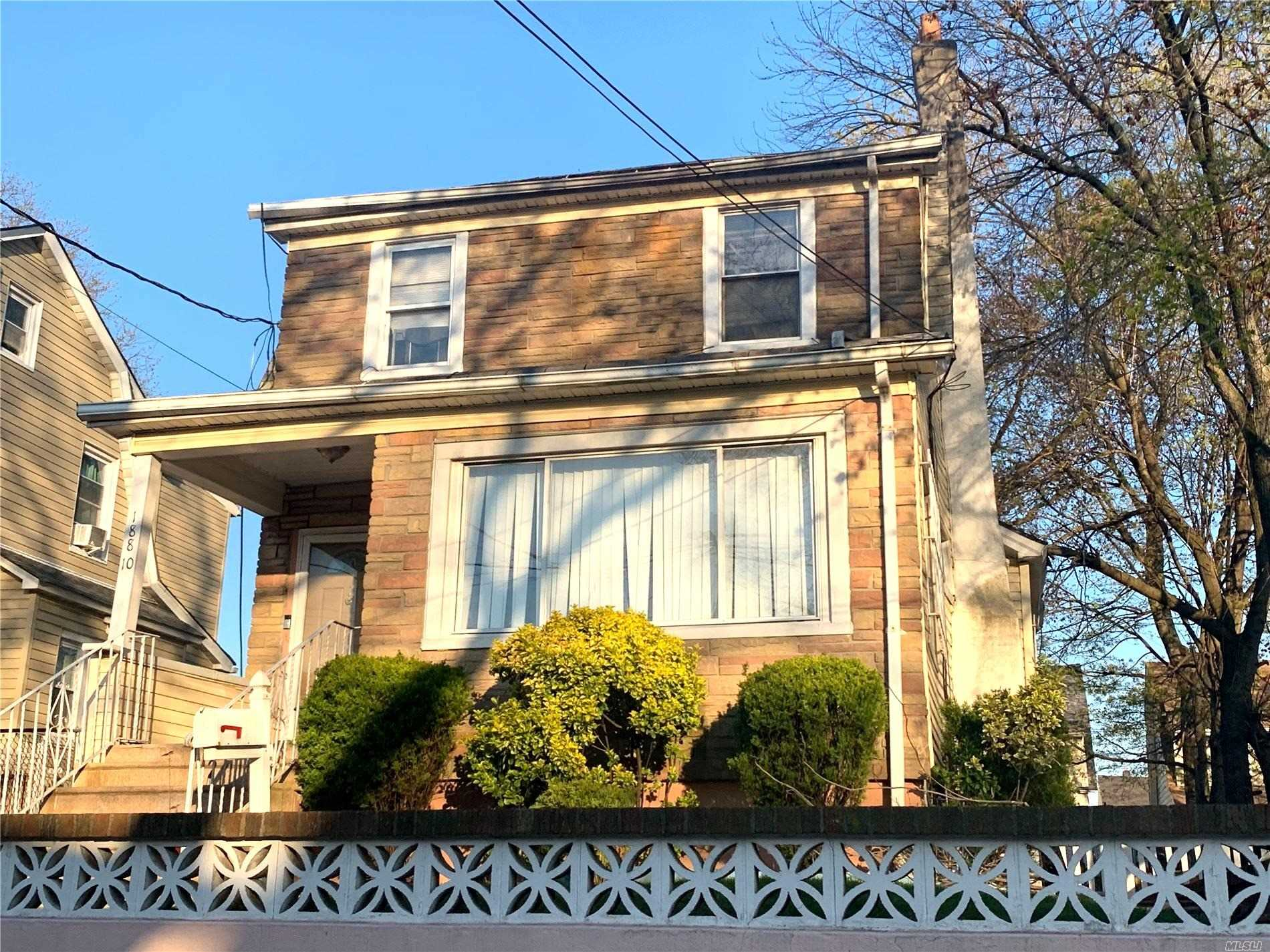 Residential For Sale in 188-10 Jordan Avenue, St. Albans, NY ,11412
