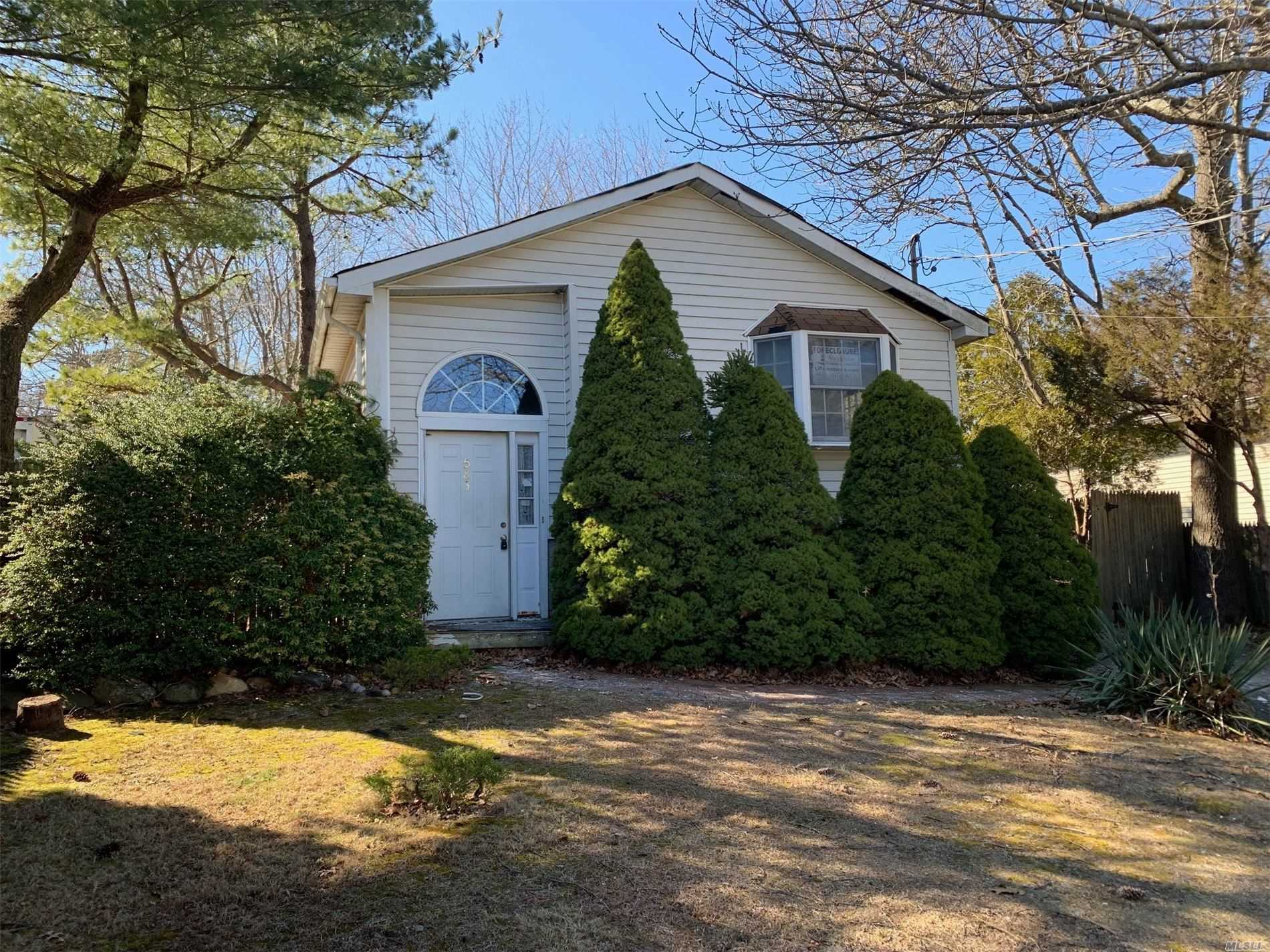 Residential For Sale in 583 Starlight Drive, Yaphank, NY ,11980
