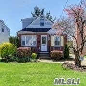 Residential For Sale in 1062 Pembroke Street, Uniondale, NY ,11553
