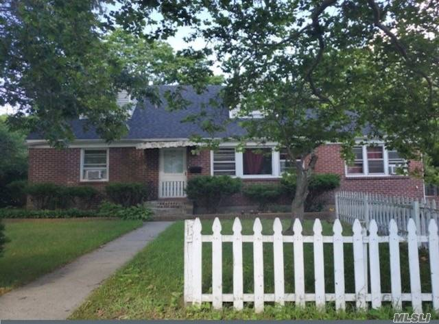 Residential For Sale in 375 Ocean Ave N, Patchogue, NY ,11772