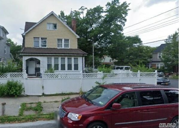 Residential For Sale in 109-02 200th, St. Albans, NY ,11412