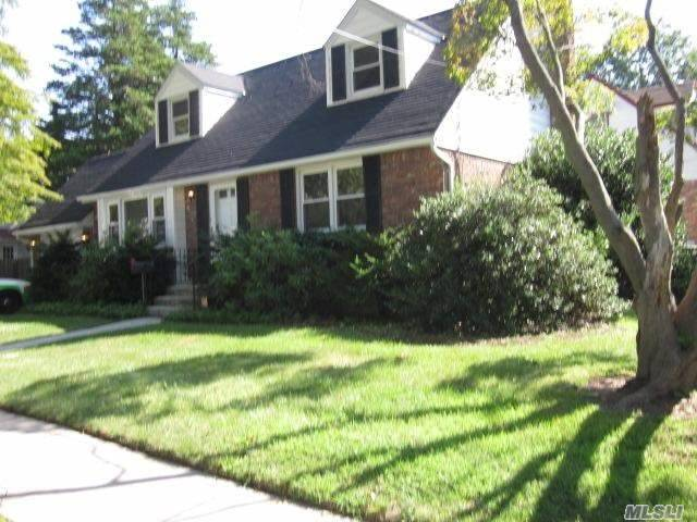 Residential For Sale in 429 Fenimore Avenue, Uniondale, NY ,11553