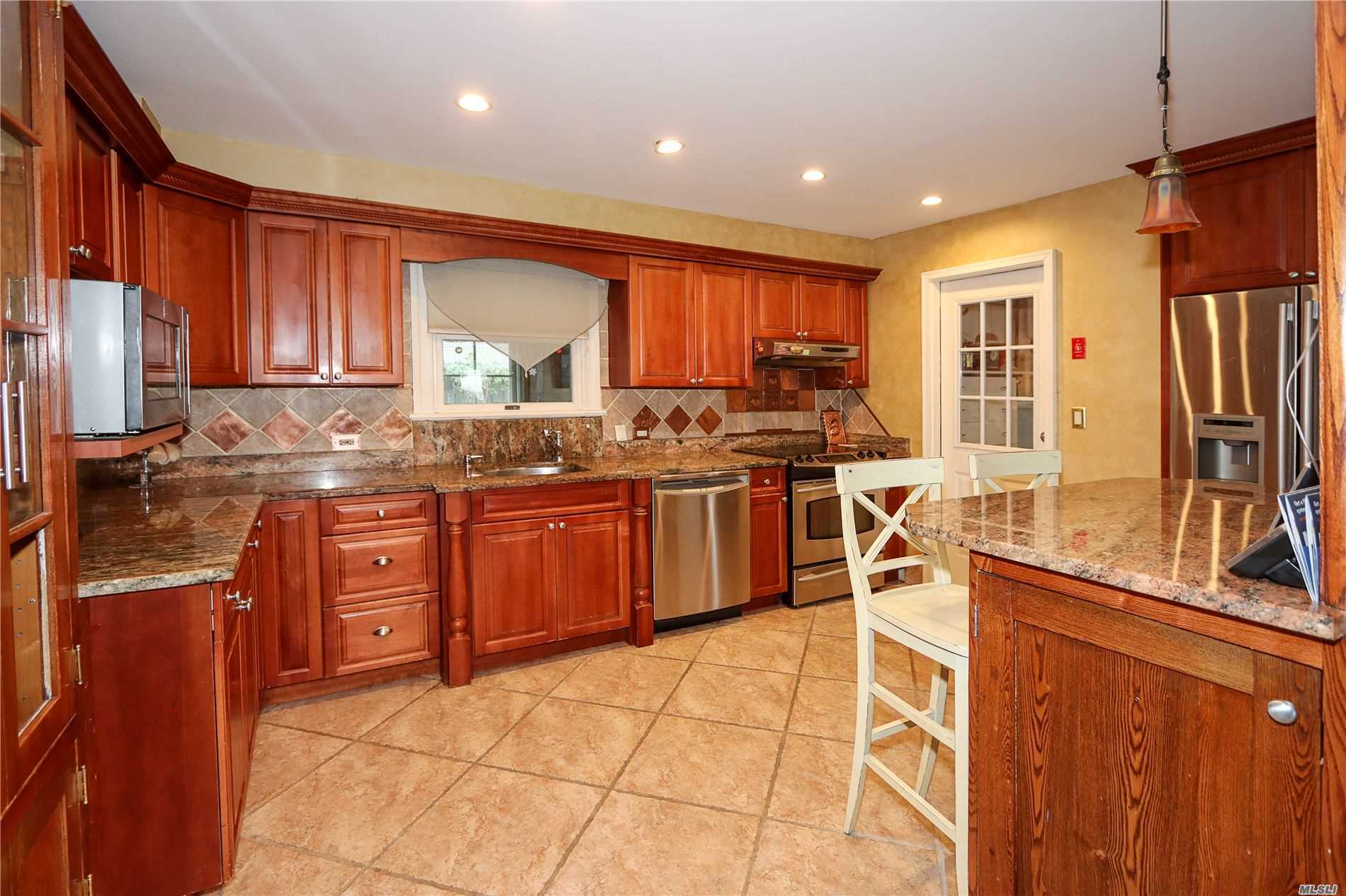 Residential For Sale in 211 Audwin Dr, Islip Terrace, NY ,11752