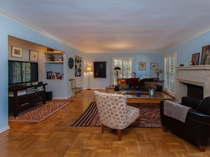 Townhouse/Row House for sale in 11051 Strathmore Drive Unit 1, Los Angeles, California ,90024