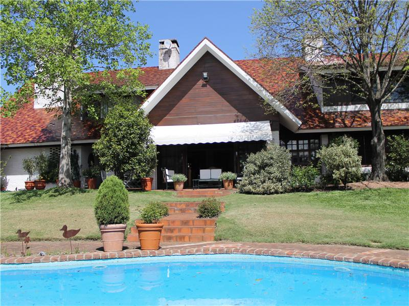 Townhouse/Row House for sale in Lieja, Carrasco, MO ,11500  , Uruguay