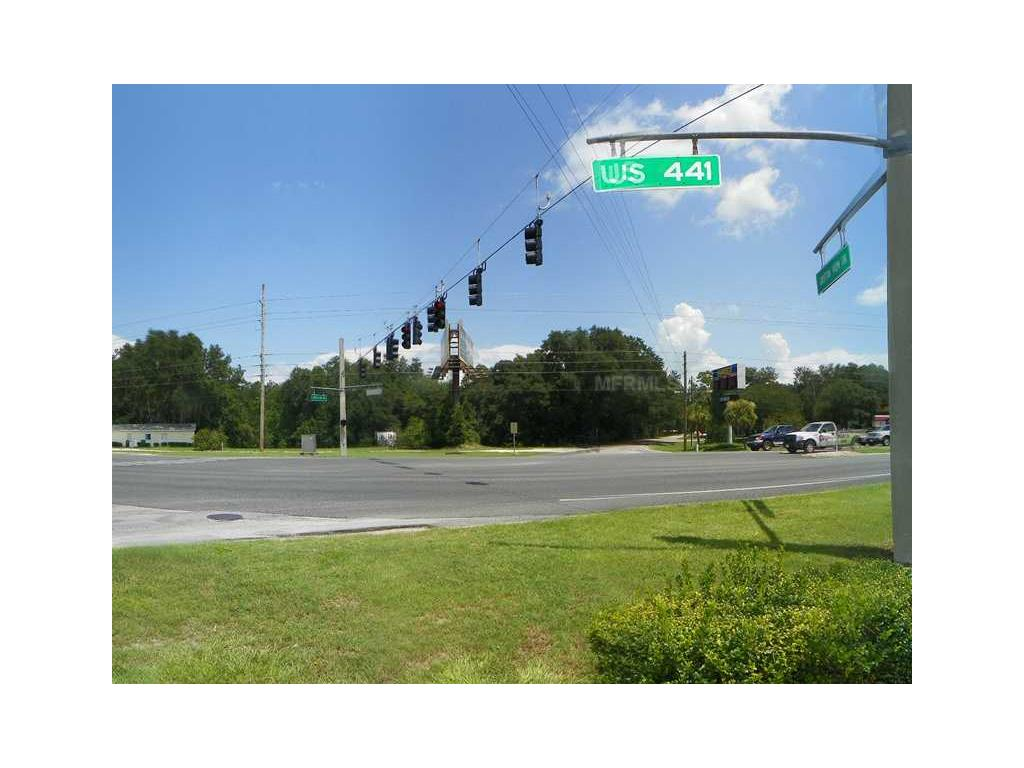 Commercial for sale in 315 Us Hwy 27/441, Lady Lake, Florida ,32159