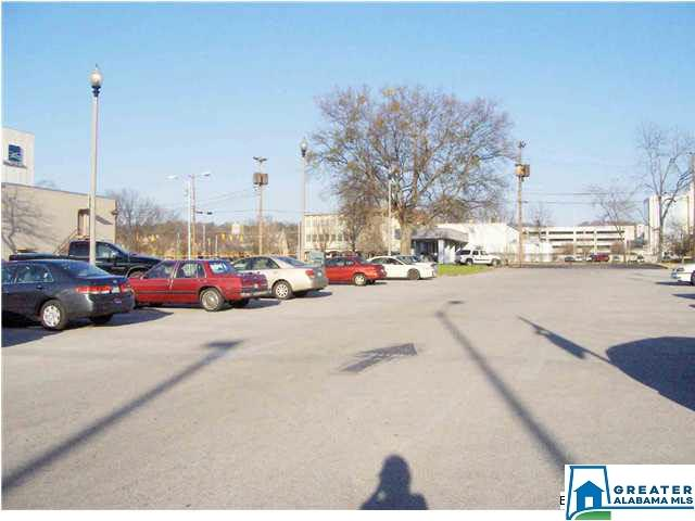 Commercial for sale in 915 Wilmer Ave, Anniston, Alabama ,36201