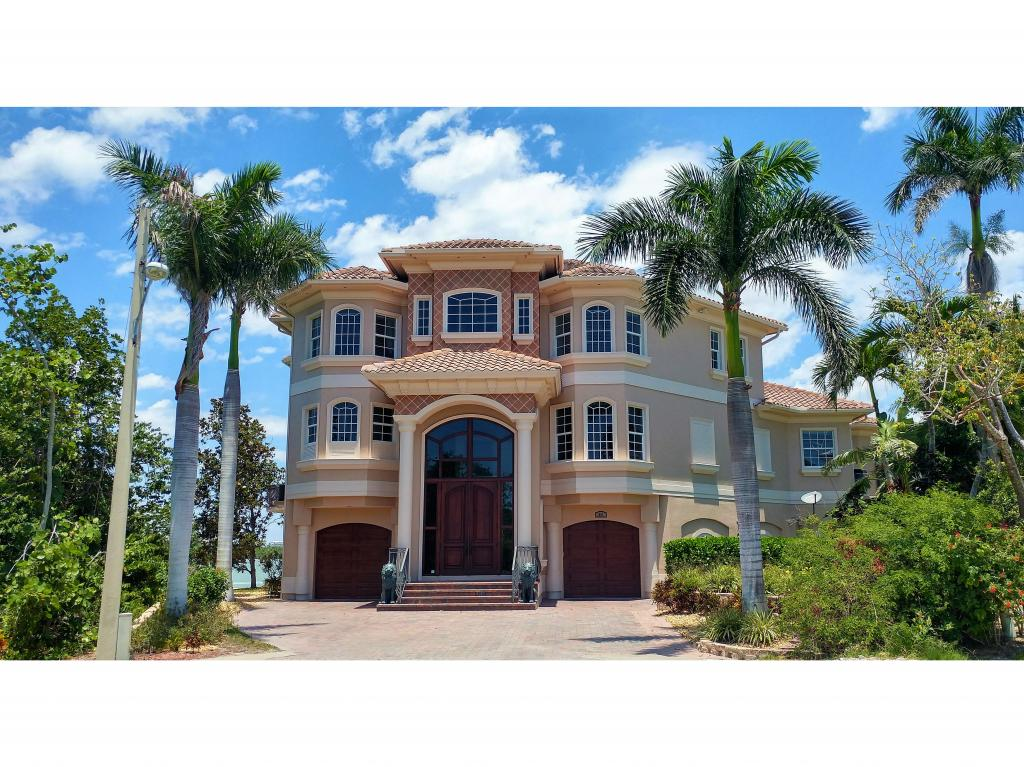 Single Family Home for sale in 941 EMBASSY CT, Marco Island, Florida ,34145
