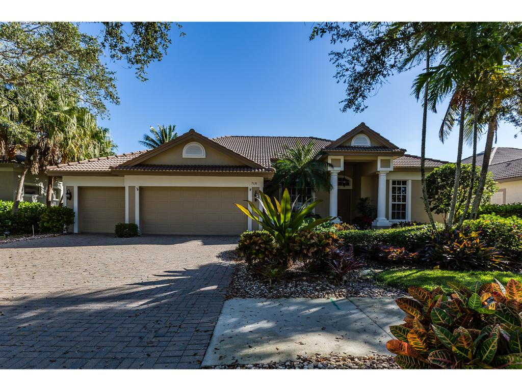 Single Family Home for sale in 7638 MULBERRY LN, NAPLES, Florida ,34114